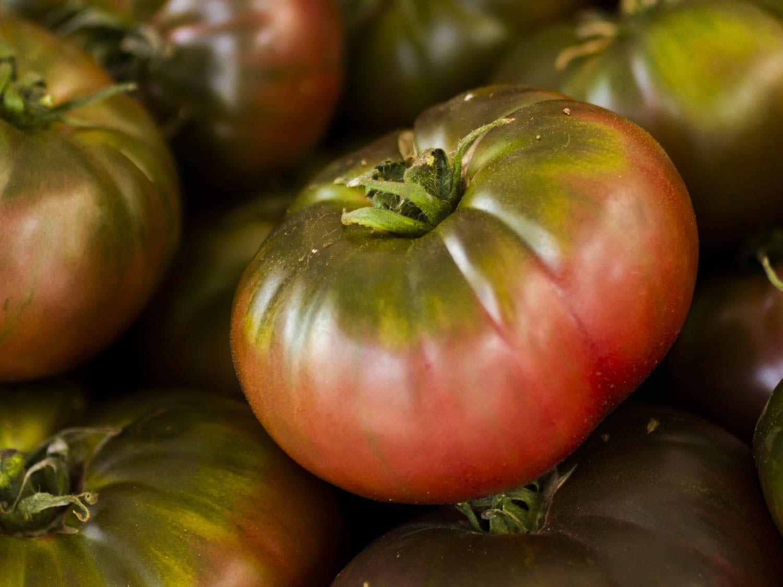 20150622-tomato-guide-cherokee-purple-shutterstock.jpg