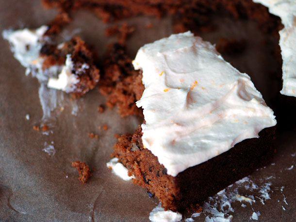 20120228-127677-LTE-Carrot-Cake-PRIMARY.jpg