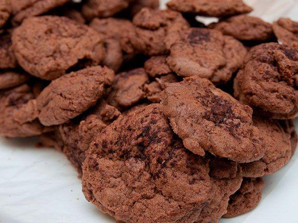 20101216-cookie-swap-eggnog-chocolate-610.jpg