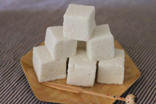 20101206-marshmallows-vegan small.JPG