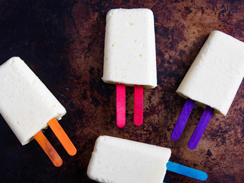 20160714-vanilla-pudding-pops-vicky-wasik-15.jpg