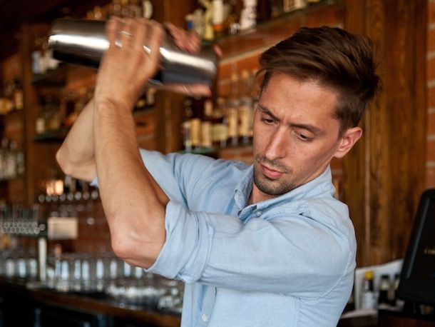 20130930-bartender-beau-du-bois1.jpg