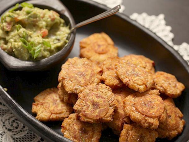 20140204-fried-plantain-guacamole-vegan-patacones-colombian-12.jpg