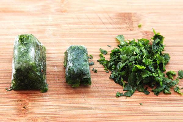 20150401-freezing-herbs-best-method-5.jpg