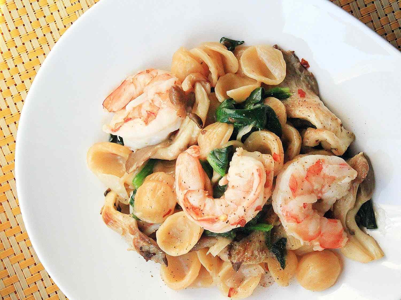 20160204-shrimp-recipes-roundup-11.jpg
