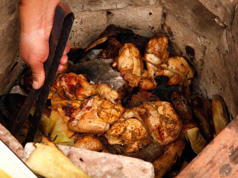 20140804-pachamanca-peru-chicken-katie-quinn-2.jpg