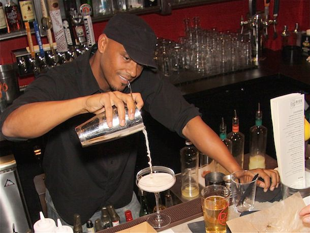 20140421-bartender-Dog-Haus-Phil-Wills_9408.jpg