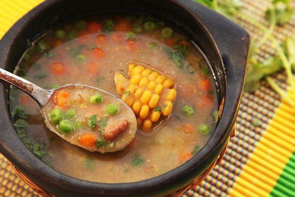 20150215-ajiaco-negro-vegan-colombian-soup-recipe-4.jpg