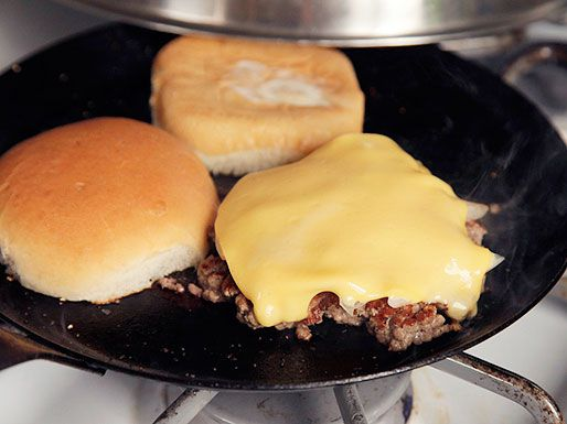 20120820-burger-lab-onions-31.jpg