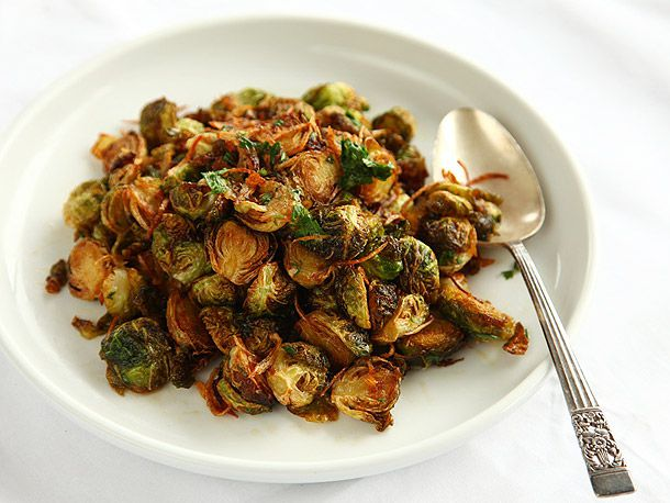 20121024-brussels-sprouts-fried-7.jpg
