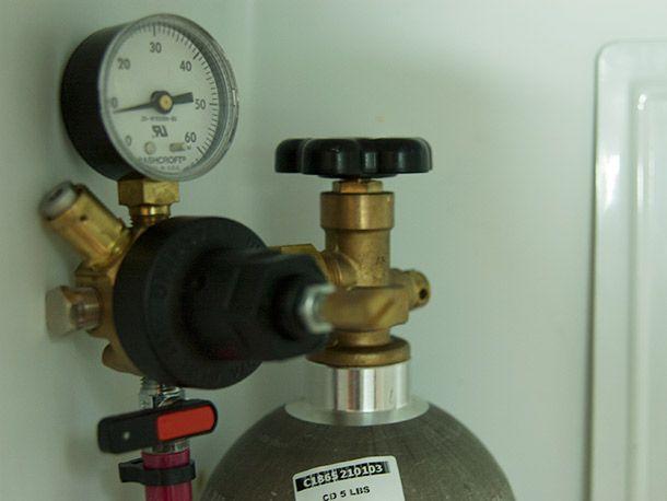 20140119gasregulator.jpg