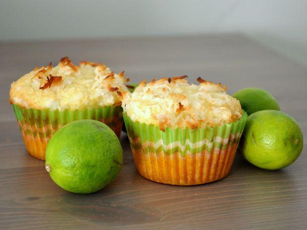 20130114-wakeandbake-coconut-keylime-muffins.JPG