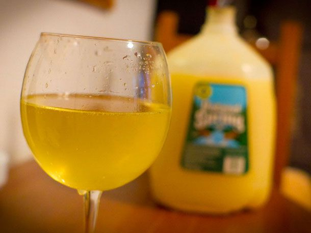 20110117-133254-homemade-cider-recipe-main2.jpg