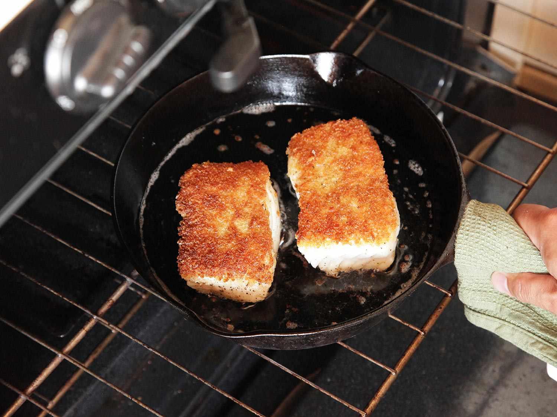 20140916-easy-pan-seared-crispy-fish-food-lab-11.jpg