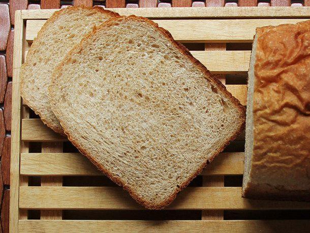 2012130-209980-knead-book-honey-whole-wheat.JPG