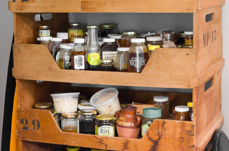 20140617-honey-bees-max-falkowitz-shelf.jpg