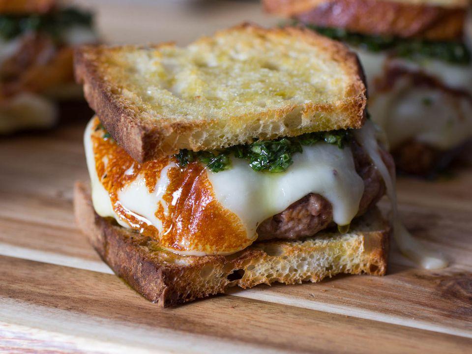 20150624-argentine-chimichanga-burger-vicky-wasik-6.jpg