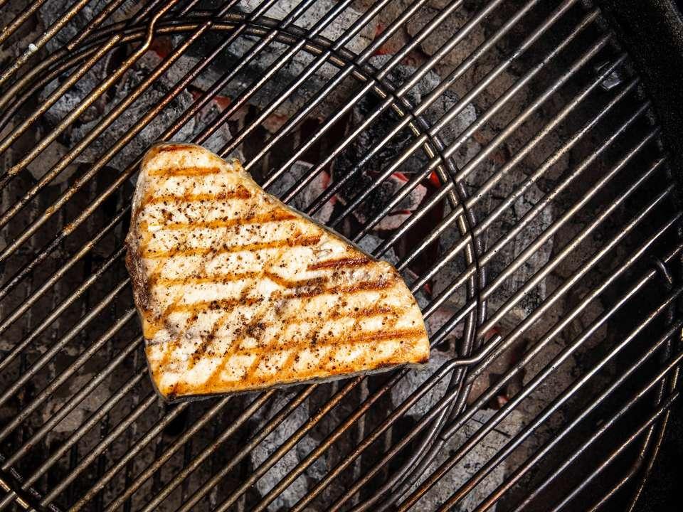 20190620-grilled-swordfish-steak-vicky-wasik-5