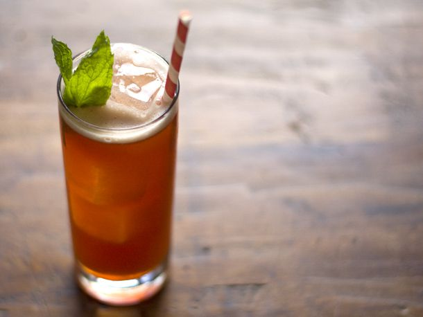 Raspberry Rum Iced Tea