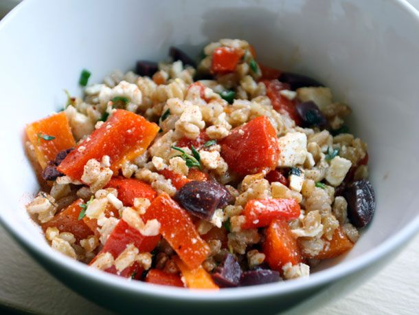 farro and roasted pepper salad