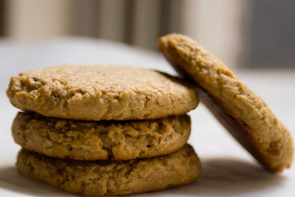 20130509-peanut-butter-oat-cookies.jpg