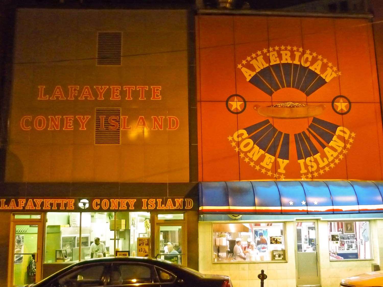 20140701-coney-island-hot-dog-michigan-dueling-coney-shops-detroit-titus-ruscitti.jpg
