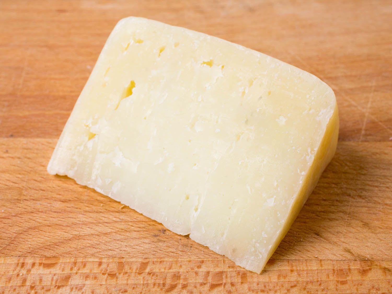 20150324-sheeps-cheeses-young-pecorino-vicky-wasik.jpg