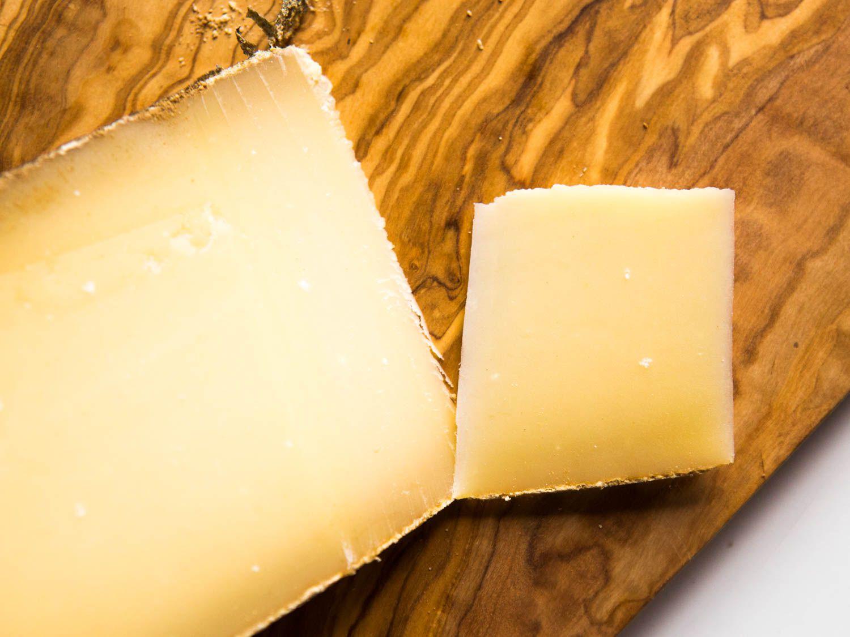 20171030-etivaz-cheese-vicky-wasik-3.jpg