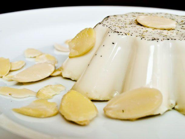 20110616-155740-vanilla-cinnamon-lime-panna-cotta.jpg