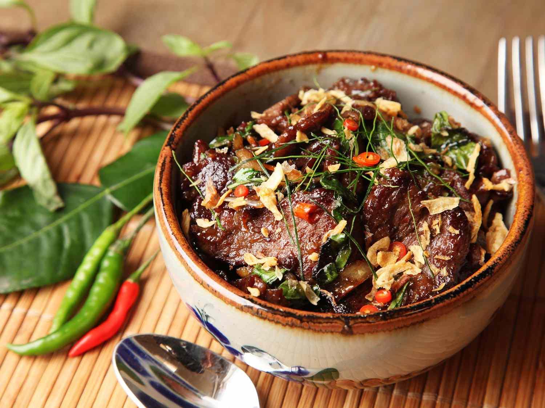 20161226-staff-picks-best-recipes-2016-thai-beef.jpg