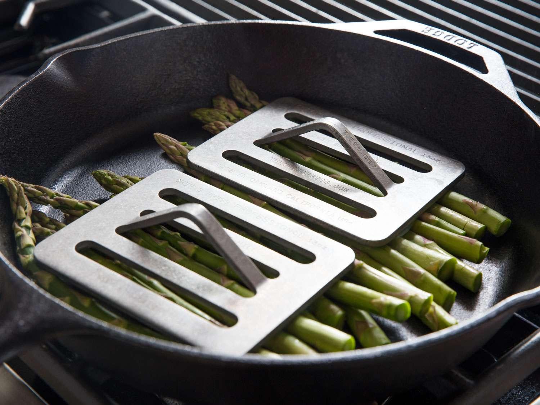 20190321-asparagus-miso-bearnaise-vicky-wasik-chefs-press
