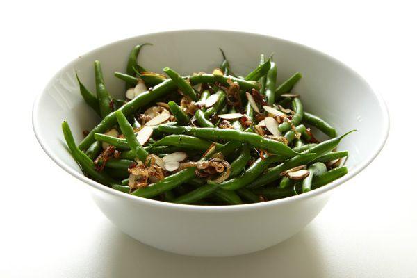 20120430-204112-green-beans-with-crisp-shallots.jpg