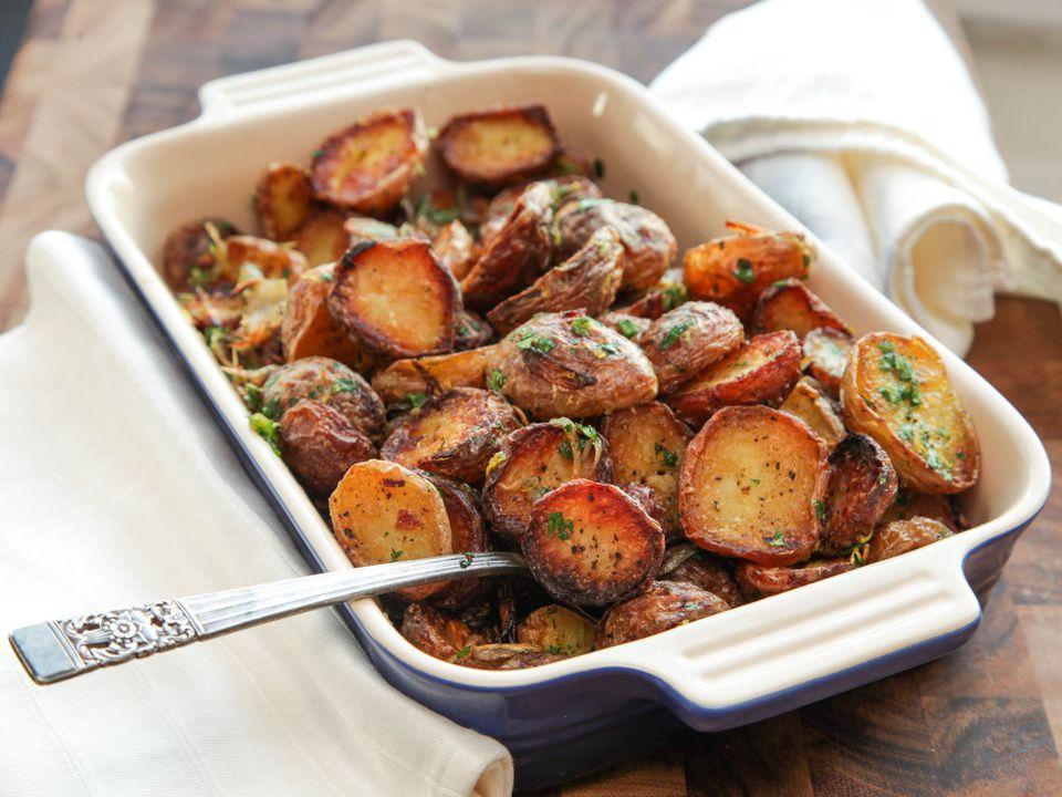 20131026-new-potatoes-roasted-crispy-thanksgiving-edit.jpg