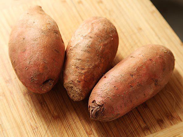 20140202-vegan-sweet-potato-chili-beans-recipe-03.jpg