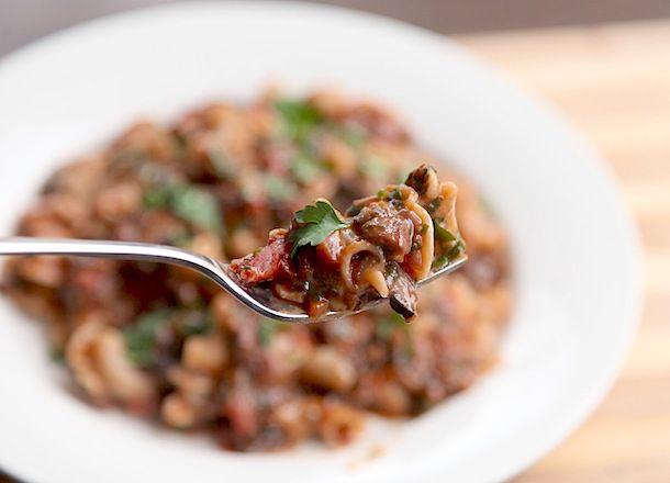 20140206-mushroom-ragu-recipe-primary-4.jpg