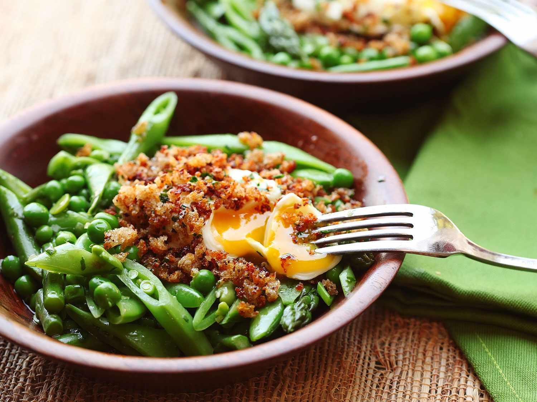 20170616-dinner-salad-recipes-roundup-06.jpg