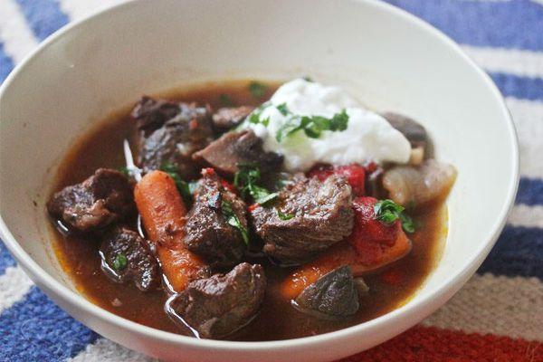 090712-266190-Serious-Eats-Sunday-Supper-Spanish-Beef-StewB-edit.jpg