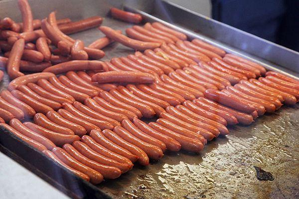 20130527-hot-dog-charlies-troy-new-york-1.jpg