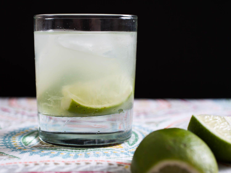 20150618-three-ingredient-cocktails-caipirinha-vicky-wasik