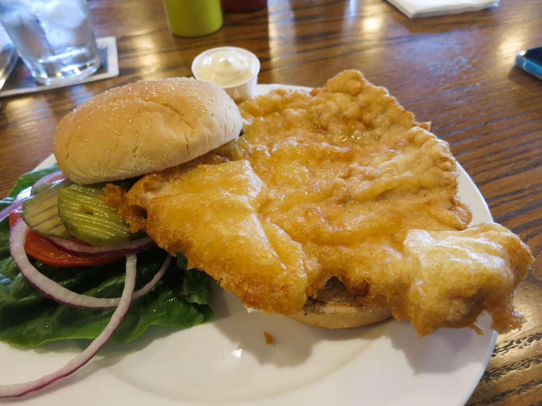 20150120-breaded-pork-tenderloin-sandwich-titus-ruscitti-8-Breitbachs-Tavern.jpg