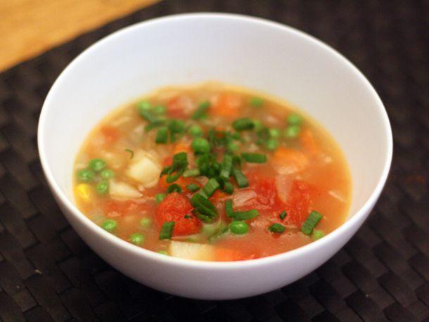 20110314-127355-dinner-tonight-vegetable-soup.jpg