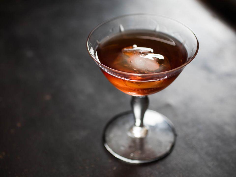 20160310-chinato-cocktail-blonde-redhead-vicky-wasik.jpg