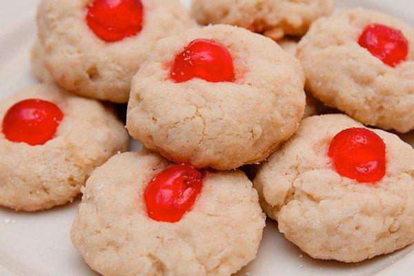 20101216-cookie-swap-rachel-cookies-610.jpg