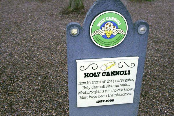 Holy Cannoli (1987-1988)