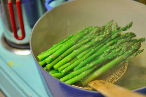 03122012-196950-blanching-asparagus.jpg