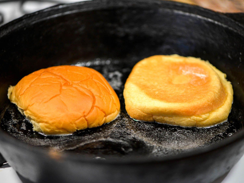 20141114-thanksgiving-turkey-burgers-bun-joshua-bousel.jpg
