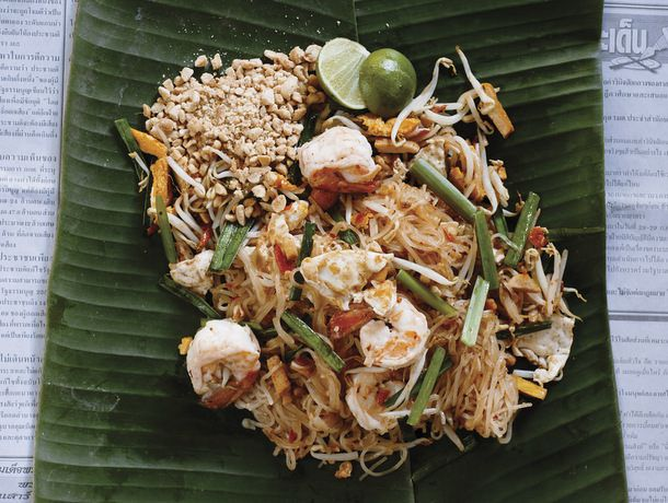 Phat Thai with Tofu, Shrimp, and Peanuts