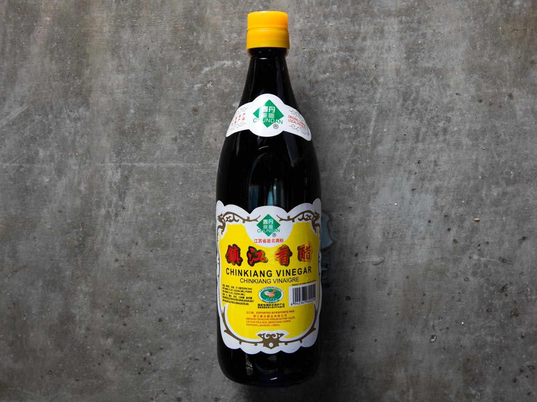 20170414-chinese-pantry-chinese-black-vinegar-chinkiang-vinegar-vicky-wasik-6.jpg