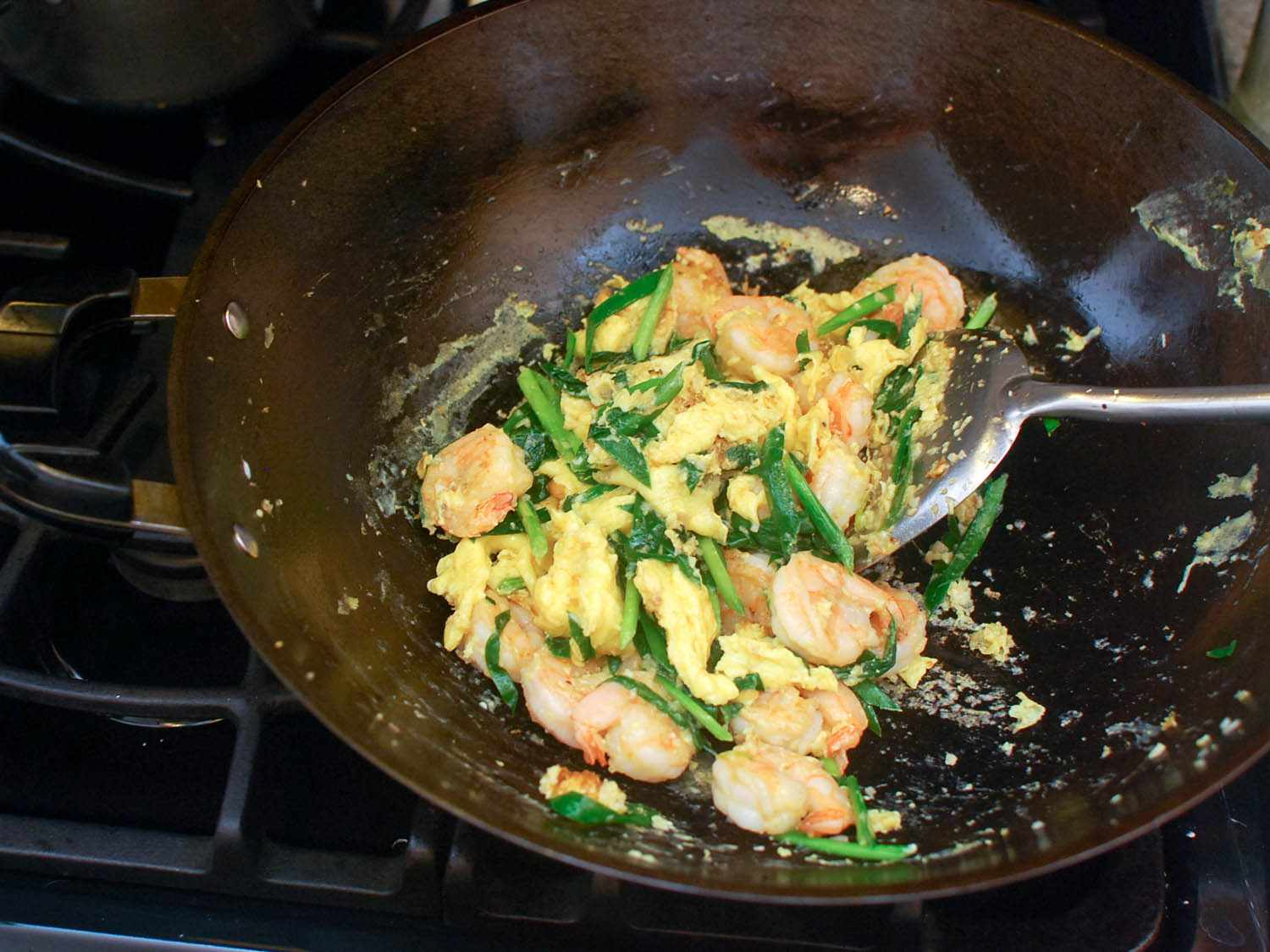 20140617-stir-fry-shrimp-egg-and-chinese-chives-shao-zhong-10.jpg
