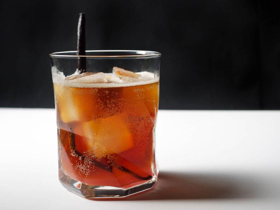 20150419-summerdaze-cocktail-Elana-Lepkowski.jpg